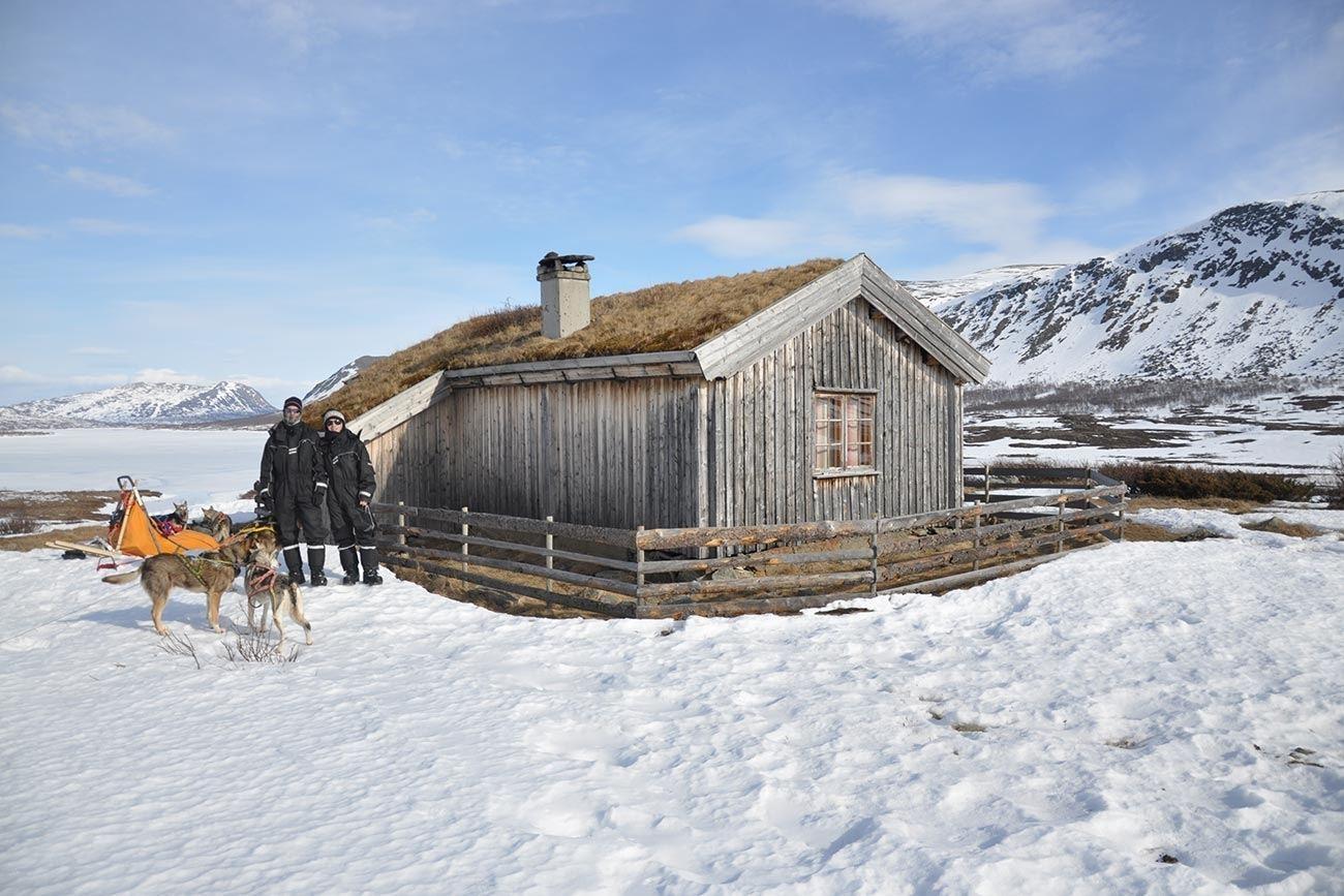Nybu cabin in  Heimdalen, Huldreheimen, Norway | Beito Husky Tours