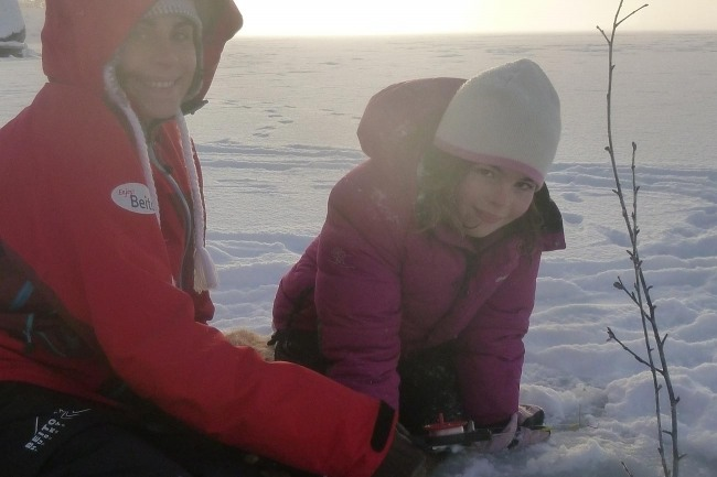 THE TRAPPERS TRAIL - Snowshoeing, Ice-fishing & wilderness dining -