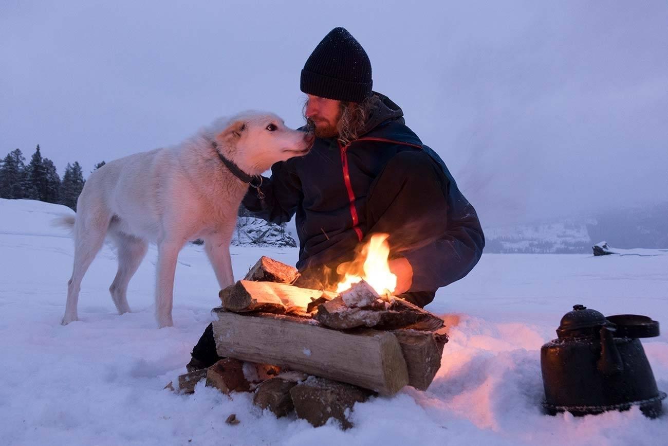 Dog sledding adventure in Norway | Beito Husky tours